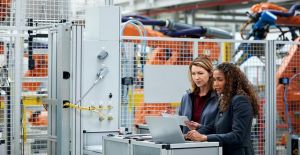 4 Ways Robots Deliver ROI to Small and Medium-Sized Manufacturers