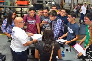 How to Get Students to Your Manufacturing Day Event